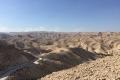 Al deserto del Wadi Qelt che Gesù attraversò.